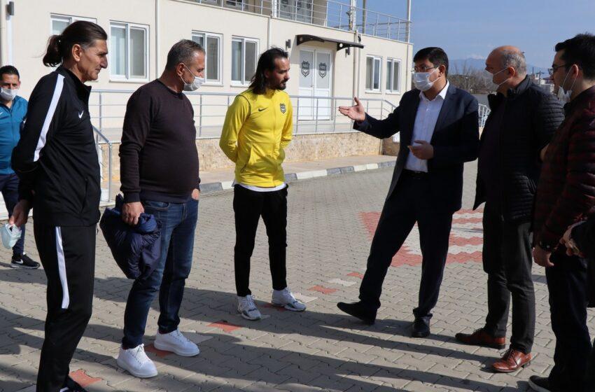 Belediye Başkanı Özcan'dan şehrin takımına tam destek.